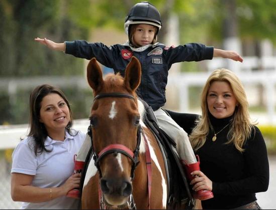 Equitação Lúdica - Brincadeiras e Brinquedos Lúdicos, Estímulo á Saúde. equitação