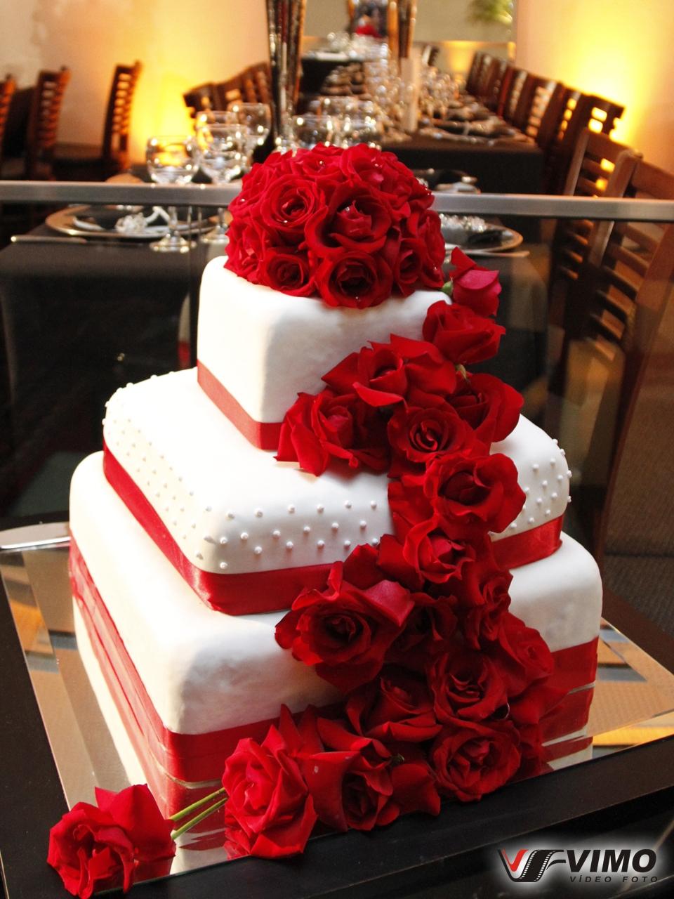 Matrimonio Bolo de Casamento – Fotos e Idéias Diferentes. Arranjos Flores Vermelhos