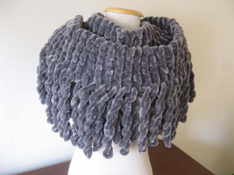 Cachecol-trico-feito-franjas