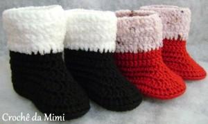 botinha de crochê preta e vermelha