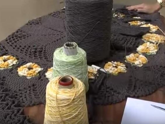 apete Girassóis de Crochê – material