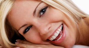 mulher-sorrindo-