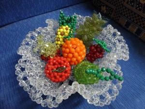 cesta-de-frutas-miçangas