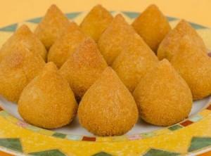coxinhas de massa de mandioca