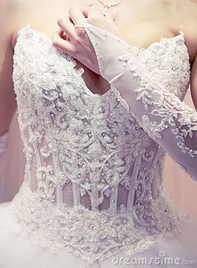 Vestidos de Noiva Com Espartilhos – Fotos e Onde Comprar