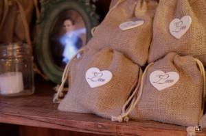 lembrancinhas-casamento-saquinhos-com-sementes