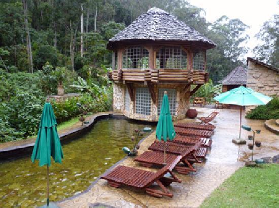 pousada-tankamana-piscina-natural