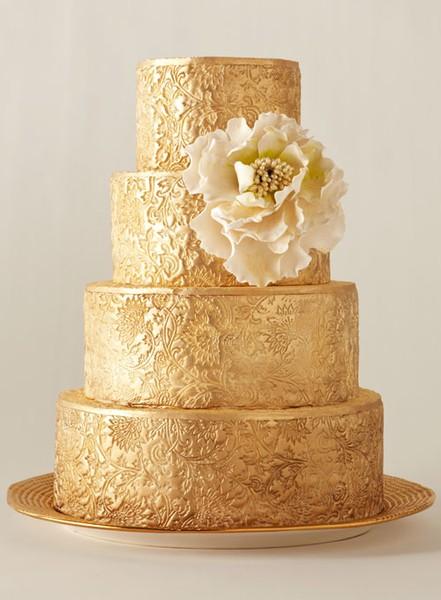 bolo-renda-dourada