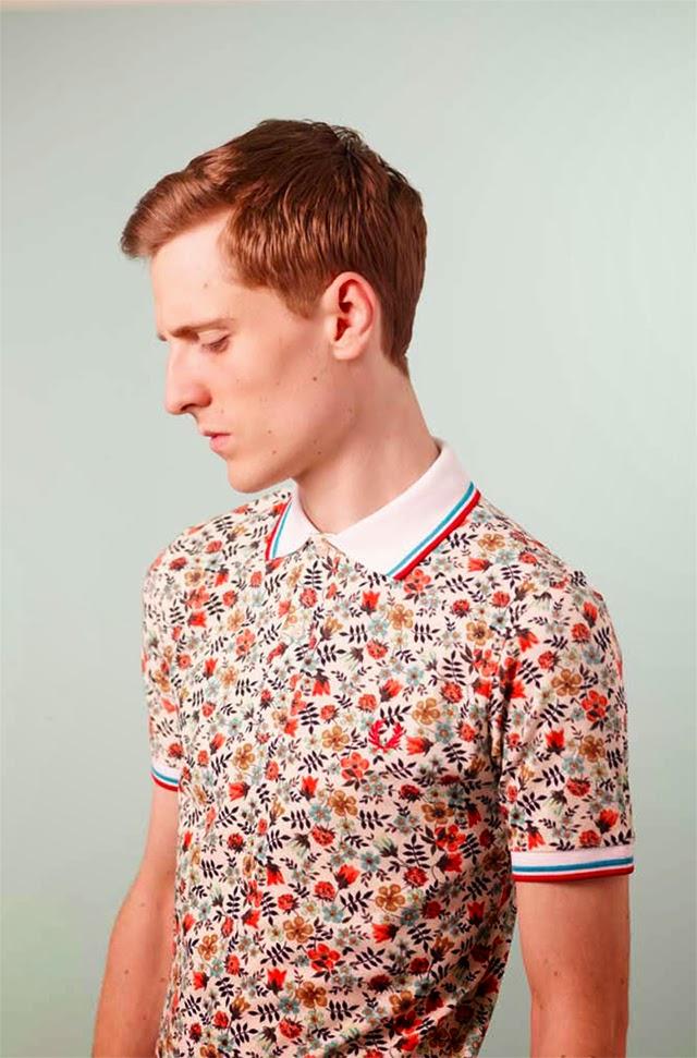 camisa-com-flores-estampa-floral
