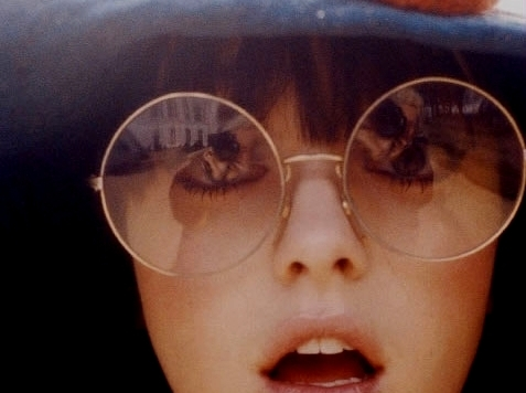 bd4c41bc96a11 Modelos de Óculos Estilo Retrô Feminino - Tendência e Onde Comprar