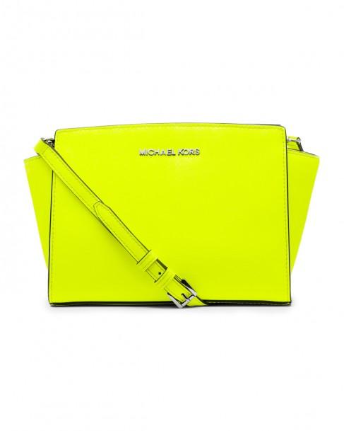 bolsa-mk-pequena-neon-yellow