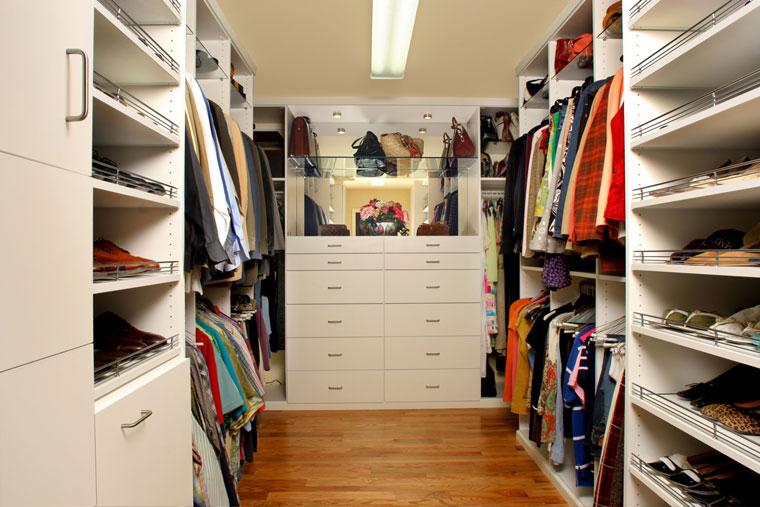 Luxo Suítes de Casal com Closet – Modelos e Dicas
