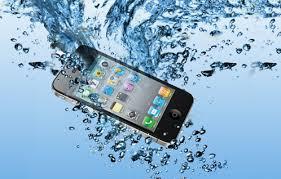 Dicas de Como Fazer Quando o Celular Cair na Água – Informações Para Recuperar