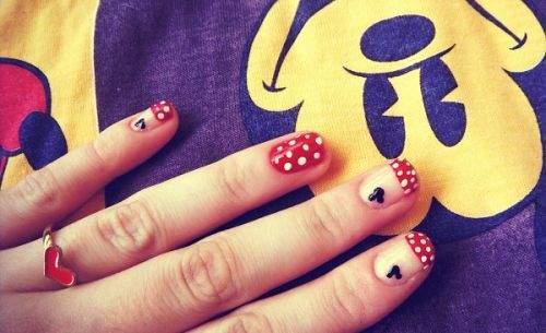 mickey-nail-art