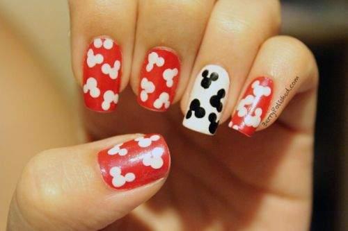 nail-art-mickey