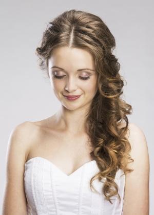 penteado-cachos-lateral
