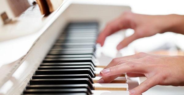 Curso online piano for Strumento online gratuito piano piano