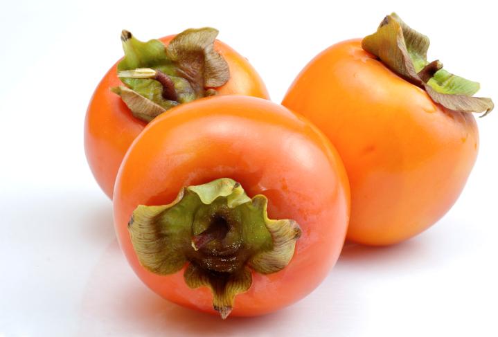 fruta-emagrecer-outono-caqui