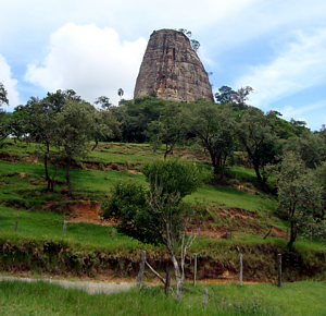 Torre-de-pedra