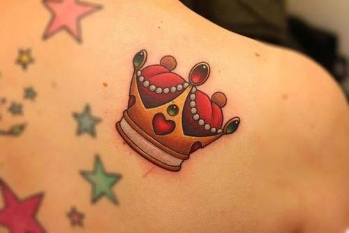 tatuagem-coroa-colorida