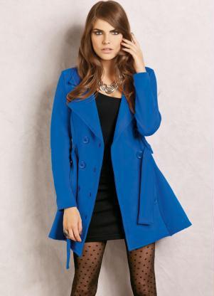 casaco-azul-com-lã-batida