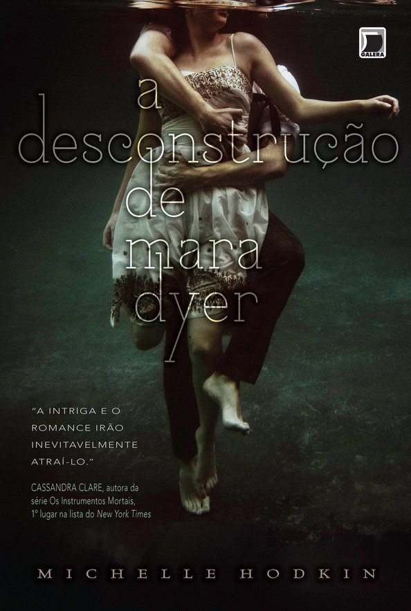 Livro A Desconstrução de Mara Dyer – Sinopse