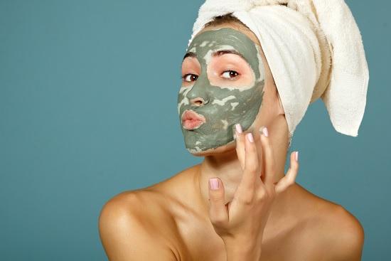 argila-verde-limpeza-de-pele-como-fazer-e-video