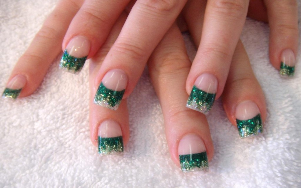 unhas-pintadas-natal-verde