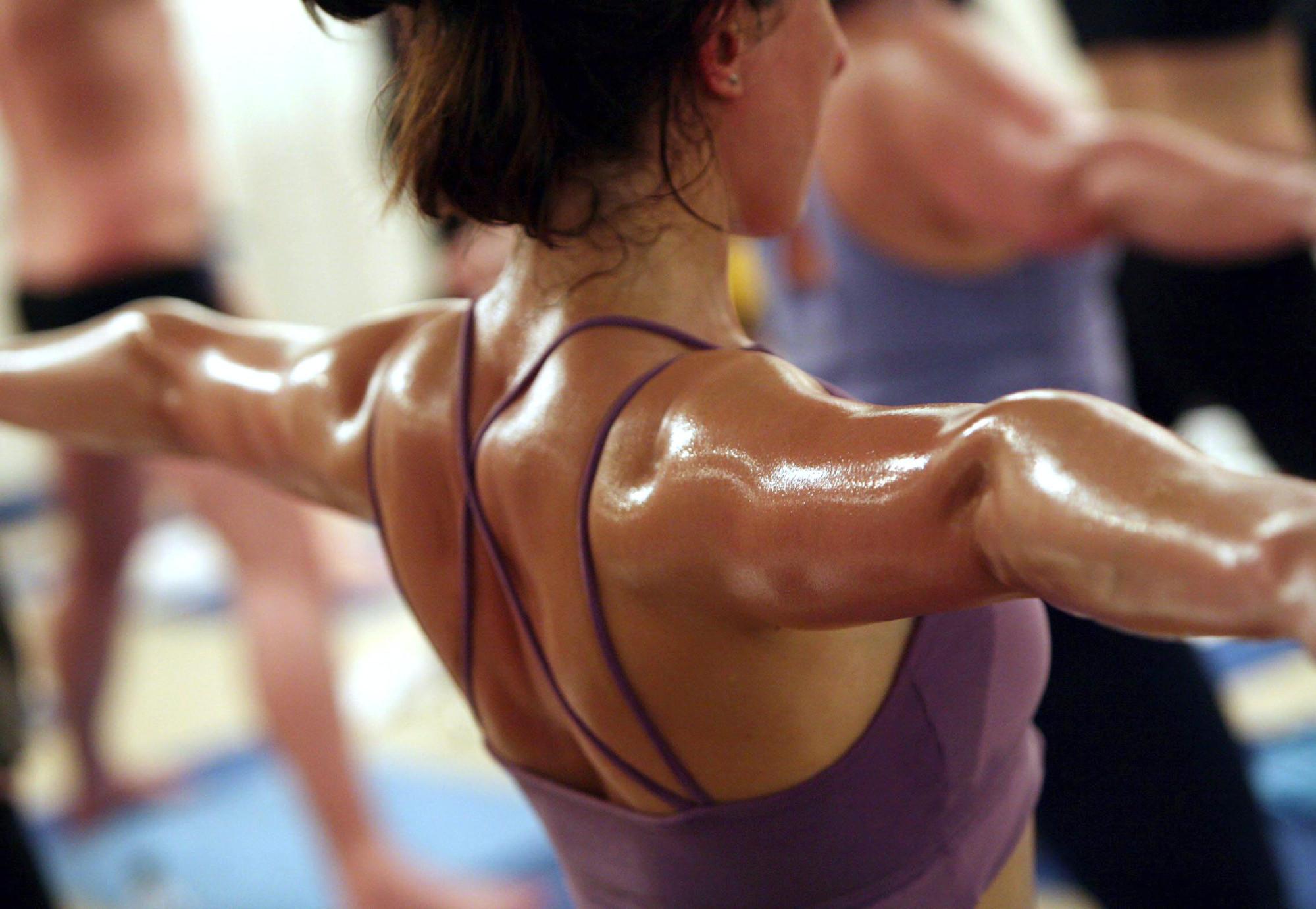 Hot Yoga – O que é – Quais os Benefícios e Recomendações
