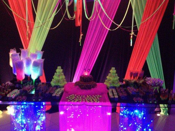Festa Neon Baladinha Como Decorar Fotos E Dicas