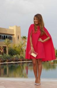 Vestido-Capa ou Cape Dress-vermelho