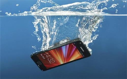 celular-molhado