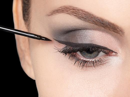 Maquiagem-Delineador