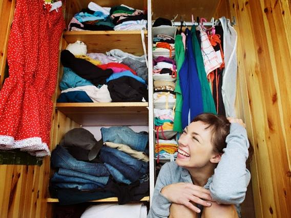 guarda-roupa-roupa