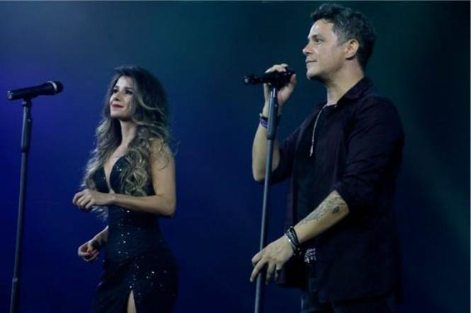 """Alejandro Sanz e Paula Fernandes – Clipe """" A Que No me Dejas"""""""