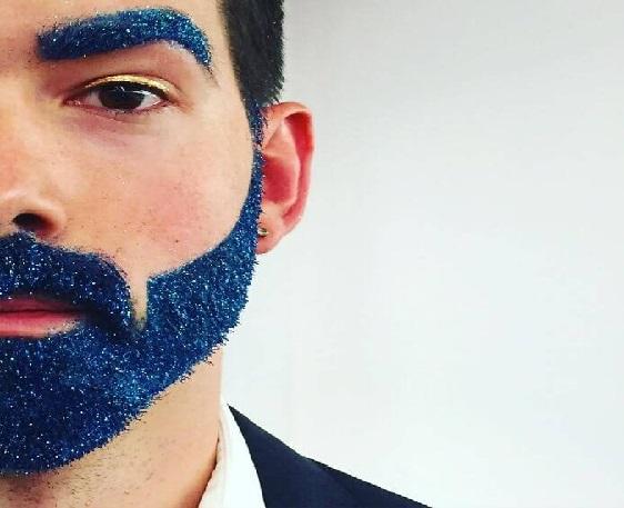 Barba Com Glitter  azul