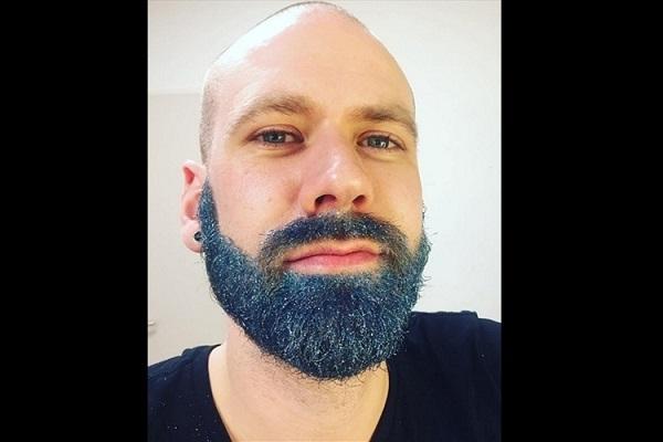 Barba Com Glitter sóbrio