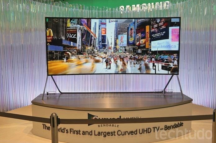 Televisão Tela Flexível  Samsung