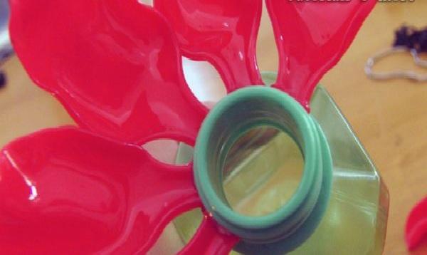 Bebedouro Para Beija Flor de Material Reciclável   Fazer