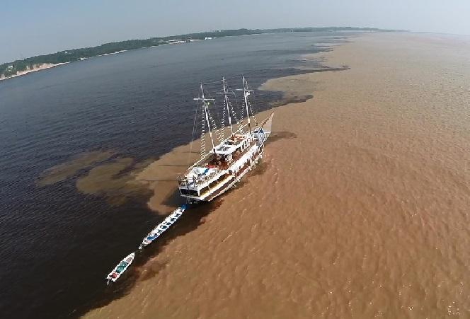 Cruzeiro na Amazônia Navio Grand  rio