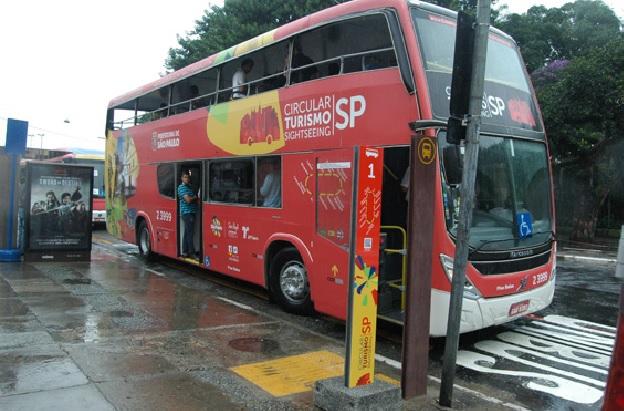 Ônibus de Turismo Em São Paulo