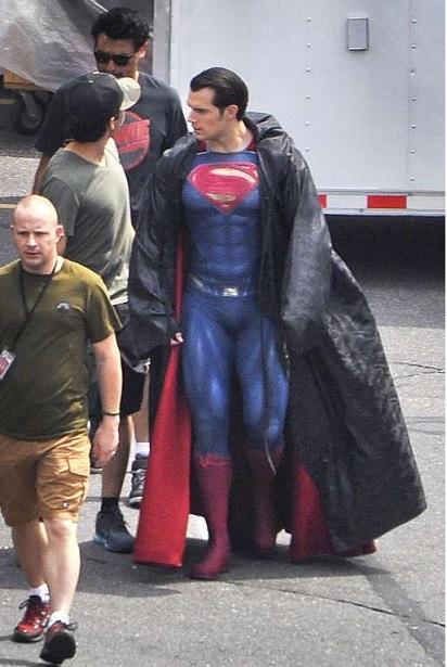 Batman Vs Superman Em A Origem da Justiça Estreia