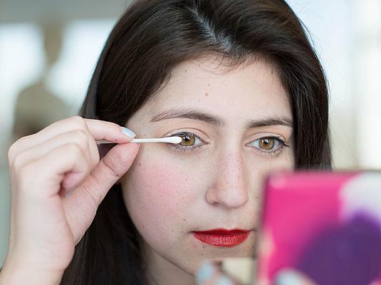 Cotonete na MaquiagemDicas Como Usar
