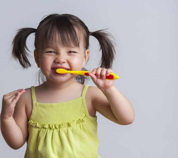 Doenças Em Crianças Com Objetos Domésticos – Dente