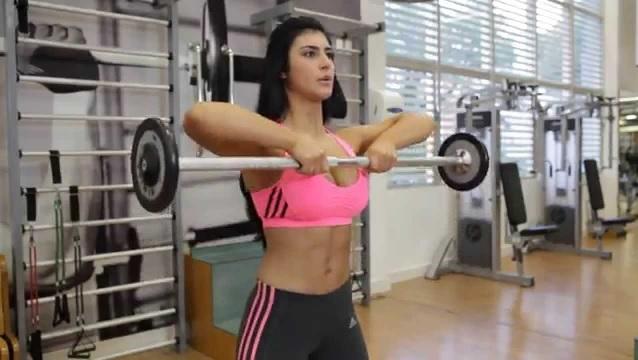 Exercícios Para Deixar os Seios Firmes – remada