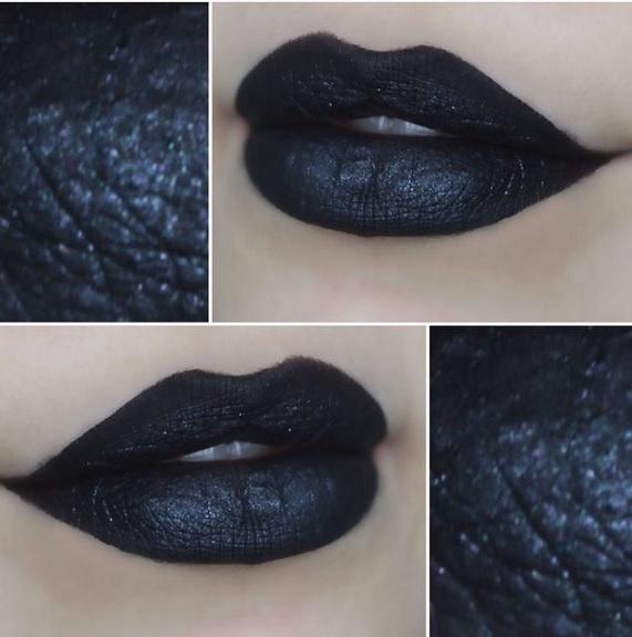 Batom Luna e Cisne Negro – Lançamento