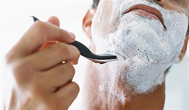 Fazer Barba Sem Irritar a Pele - Dlado