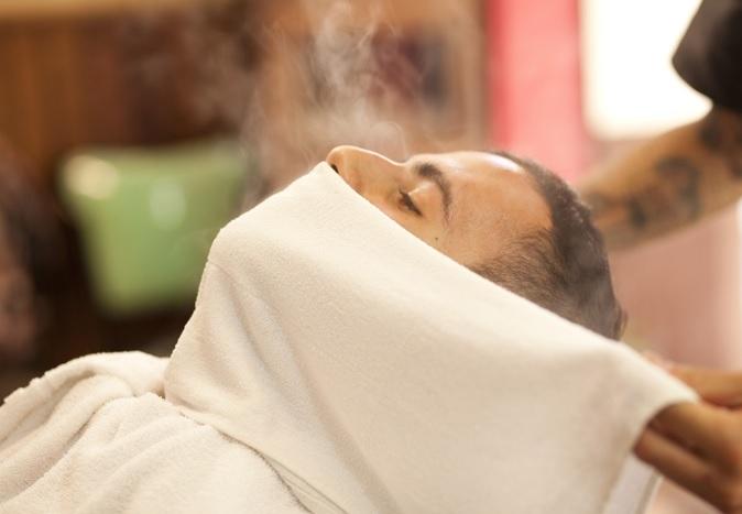 Fazer Barba Sem Irritar a Pele -toalha