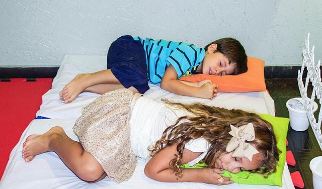 Espaço Kids no Casamento -soninho
