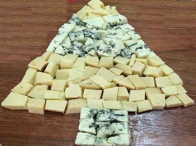 arvore-de-natal-com-queijos